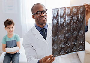 Radiologic Technologist Jobs: A Look at Everything They Do