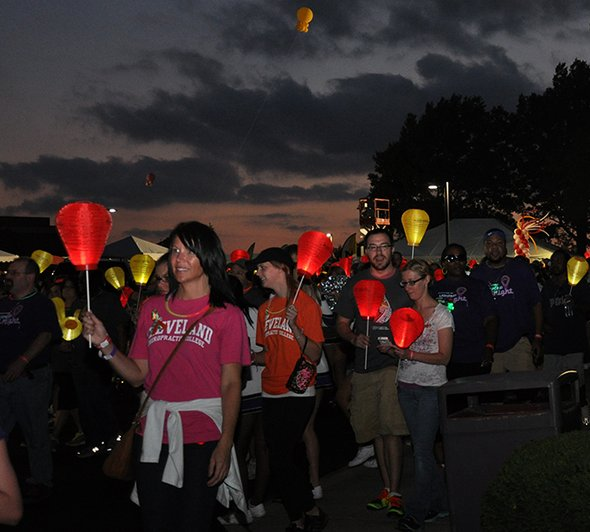 Cleveland welcomes thousands for 'Light the Night';